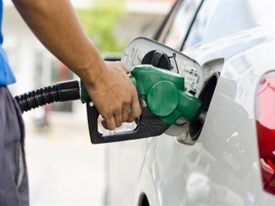 Tiết kiệm chi phí khi mua xăng buổi sáng?