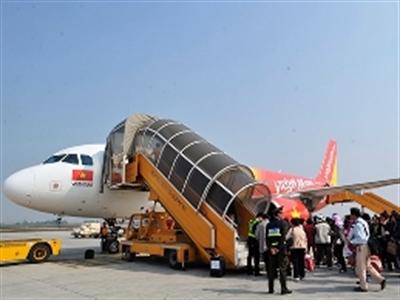 Tăng bồi thường hành khách khi bị chậm, hủy chuyến bay