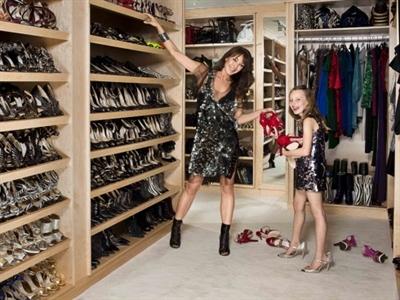 Tham vọng thời trang của người đàn bà đẹp có 3000 đôi giày