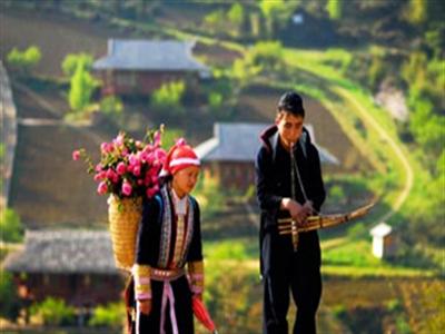 Bí mật chợ tình Việt trên báo Tây