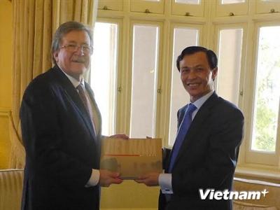 Bang Tây Australia chú trọng hợp tác khai khoáng với Việt Nam