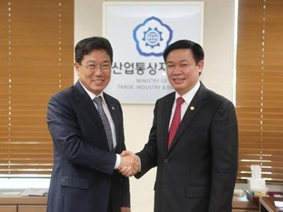 Ký FTA vào cuối 2014, doanh nghiệp Hàn Quốc sắp ồ ạt đầu tư sang Việt Nam