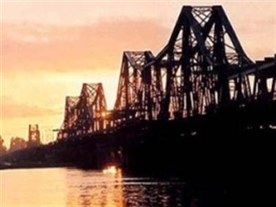 Sẽ xây cầu đường sắt cách cầu Long Biên 75m