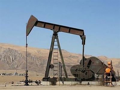 Căng thẳng Ukraine leo thang đẩy giá dầu tăng cao