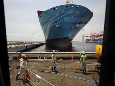 Xuất khẩu Nhật Bản phục hồi nhờ chính sách của ông Abe