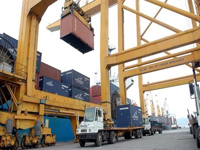 Siết chặt thu thuế doanh nghiệp, nhất là khâu nhập khẩu