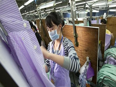Sản xuất của 2 nền kinh tế lớn nhất châu Á trái chiều
