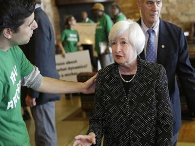 Fed tiếp tục nhấn mạnh tình trạng tăng trưởng yếu của thị trường lao động