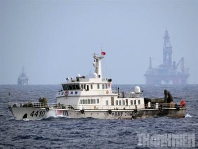 Quân đội Trung Quốc diễn tập bảo vệ giàn khoan sát vùng biển Việt Nam