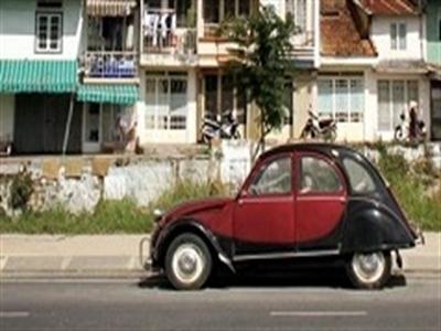 Nở rộ trào lưu sắm ô tô nhập khẩu?