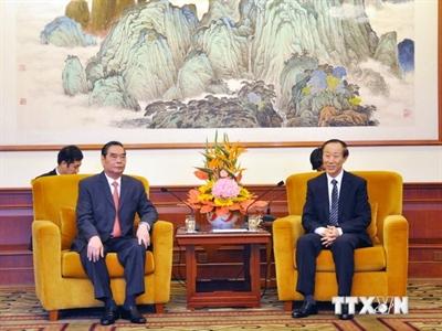 Ủy viên Bộ Chính trị Lê Hồng Anh bắt đầu thăm Trung Quốc