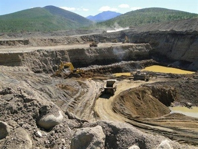Ấn Độ thỏa thuận mua 2.000 tấn quặng urani của Uzbekistan