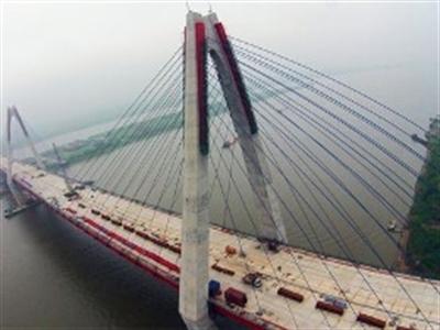Giá đất quanh cầu Nhật Tân tăng nhanh