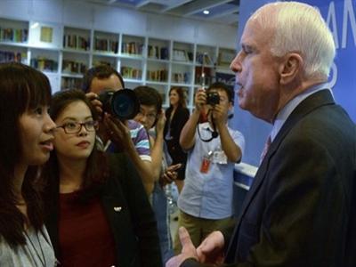 Mỹ bỏ lệnh cấm bán vũ khí cho Việt Nam thế nào?