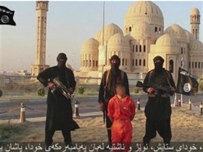 IS liên tiếp tung 2 video hành quyết các tù binh