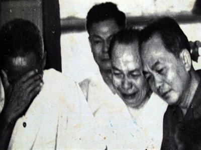 Những hình ảnh xúc động trong Quốc tang của Hồ Chủ tịch