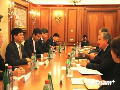 Nga tăng tốc hợp tác dầu khí với Việt Nam