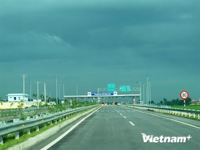 Thu phí cao tốc Nội Bài-Lào Cai cao nhất khoảng 1,2 triệu đồng/lượt