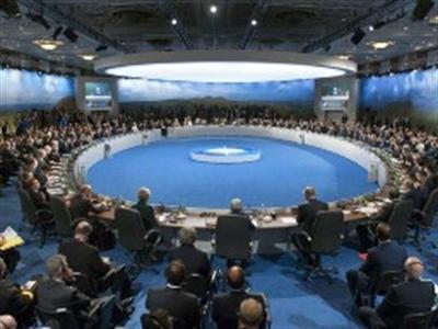 NATO đề xuất hỗ trợ toàn diện cho Ukraine