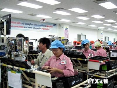 EIU giữ nguyên dự báo tích cực về tăng trưởng kinh tế Việt Nam