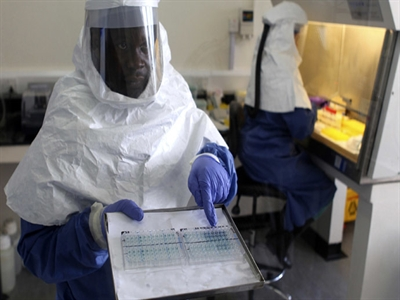 Người Nga đã có vaccine chống Ebola