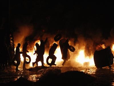 Miền Đông Ukraine: Ngừng bắn có được thực thi trong 24h qua?
