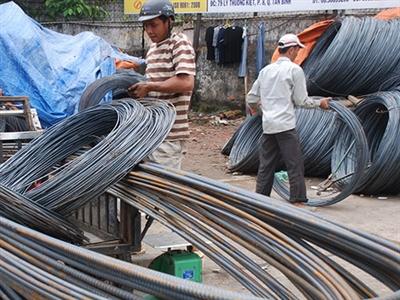 Việt Nam lần đầu tiên áp thuế chống bán phá giá thép