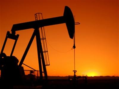 Arab Saudi giảm sản lượng khi giá dầu Brent dưới 100 USD/thùng