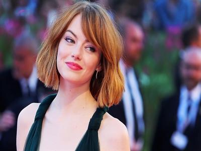 Những chiếc váy đẹp nhất Liên hoan phim Venice