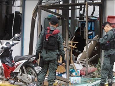 Bạo động ở Thái Lan ngay sau khi chính phủ mới nhậm chức