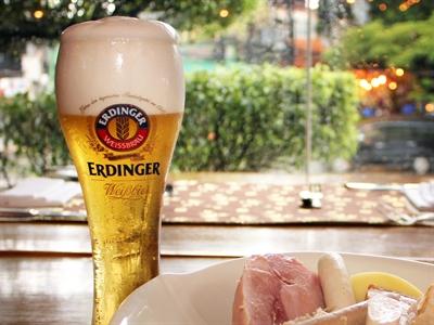 Lễ hội bia Oktoberfest tại Brasserie Westlake