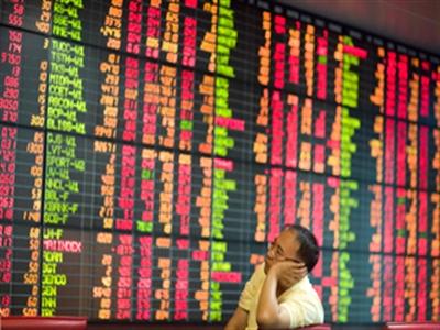 Chứng khoán châu Á lao dốc sau báo cáo sản xuất của Trung Quốc