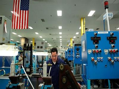 Mỹ: Sản lượng sản xuất chế tạo suy giảm lần đầu tiên trong 7 tháng