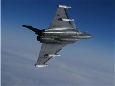 Máy bay Pháp bắt đầu chiến dịch do thám Iraq