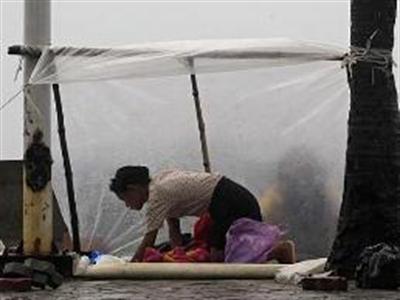 Siêu bão càn quét Philippines