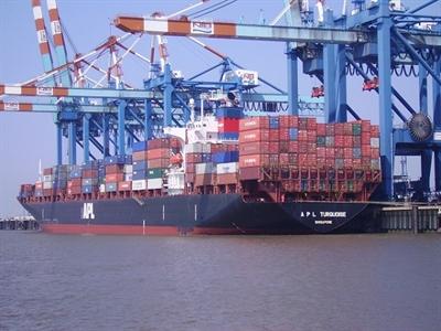 Xuất khẩu Nhật Bản bất ngờ chậm lại