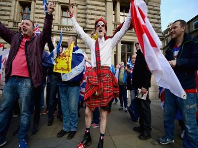 4,3 triệu cử tri Scotland bắt đầu đi bỏ phiếu