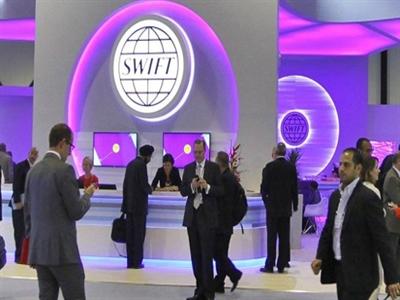 SWIFT phản đối loại Nga khỏi hệ thống tài chính quốc tế