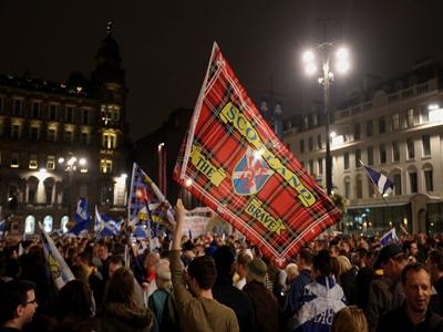 Khảo sát sau bỏ phiếu ở Scotland: 54% người phản đối tách khỏi Anh