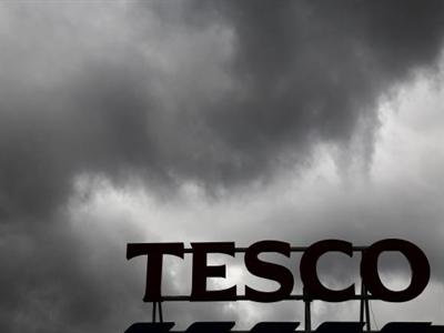 Cổ phiếu của Tesco mất giá gần 12% chỉ trong 1 phiên