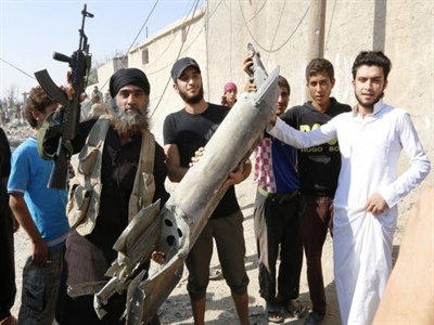 Mỹ và 5 nước Ả rập đồng loạt không kích Syria