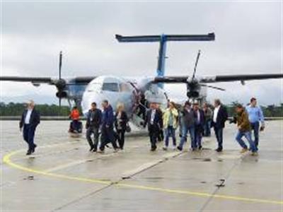Nga mở sân bay trên đảo tranh chấp, Nhật công bố lệnh trừng phạt mới