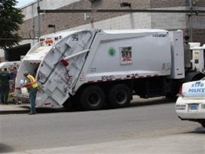 Công nhân hót rác ở New York thu nhập hơn 80.000 USD/năm