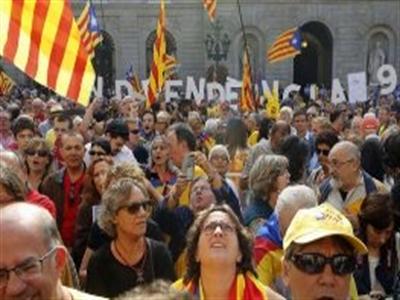 Sau Scotland, đến lượt Catalonia trưng cầu dân ý độc lập