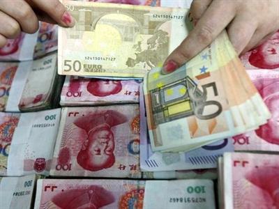 Trung Quốc bắt đầu hoán đổi trực tiếp giữa nhân dân tệ và euro