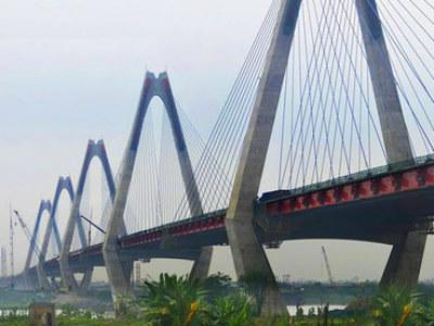 Hà Nội sắp thông xe 2 dự án giao thông lớn