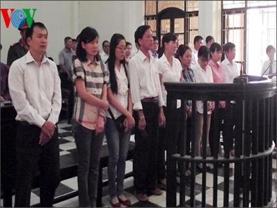 Nguyên lãnh đạo VietinBank Trà Vinh lĩnh án tù