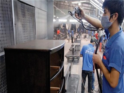 HSBC: Doanh nghiệp nội đang mất dần tính cạnh tranh