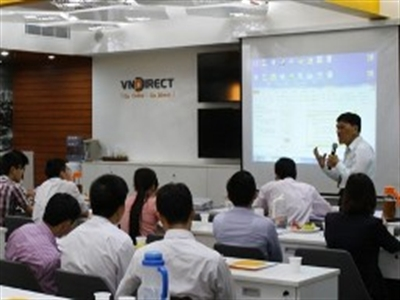 """VnDirect giới thiệu """"Cơ hội từ ETF cho nhà đầu tư cá nhân"""" tại TPHCM"""