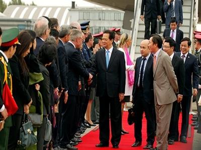 Thủ tướng tới Brussels, bắt đầu chuyến thăm Bỉ